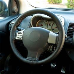 INT30180 - Funda de volante negra para coser BCCORONA